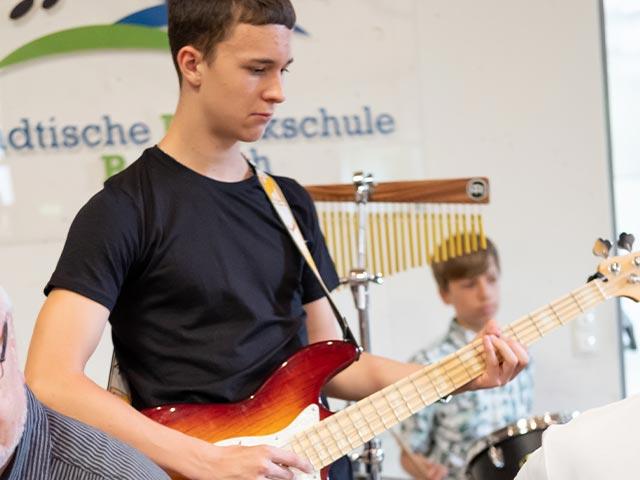 Jugendgitarrenorchester – Musikschule Bayreuth