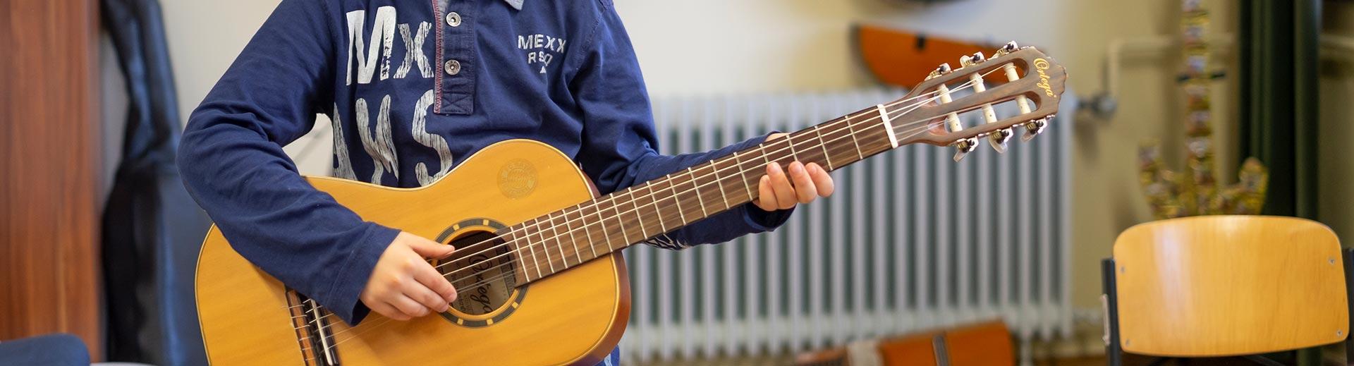 Kindergitarrenorchester – Musikschule Bayreuth