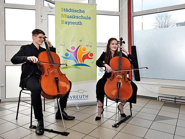 Musikschule Bayreuth – Musikalische Umrahmung bei der TAFEL