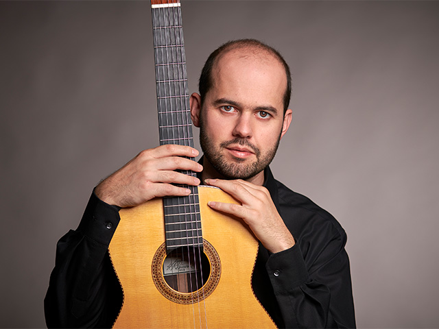 Gitarren-Lehrer André Simão